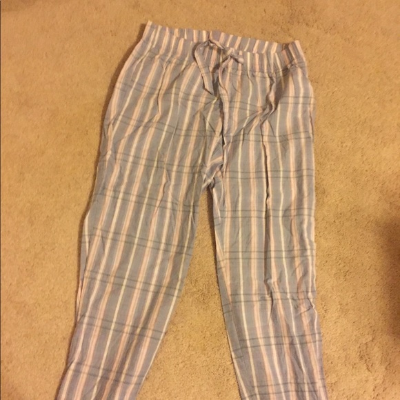 de8c5738f62d GAP Other - Gray pink plaid Capri PJ pants. GAP